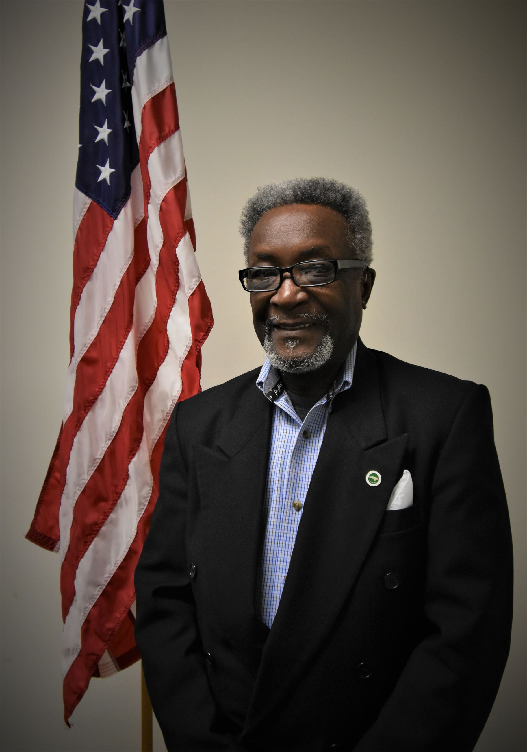 Photo of Commissioner Walter Powell