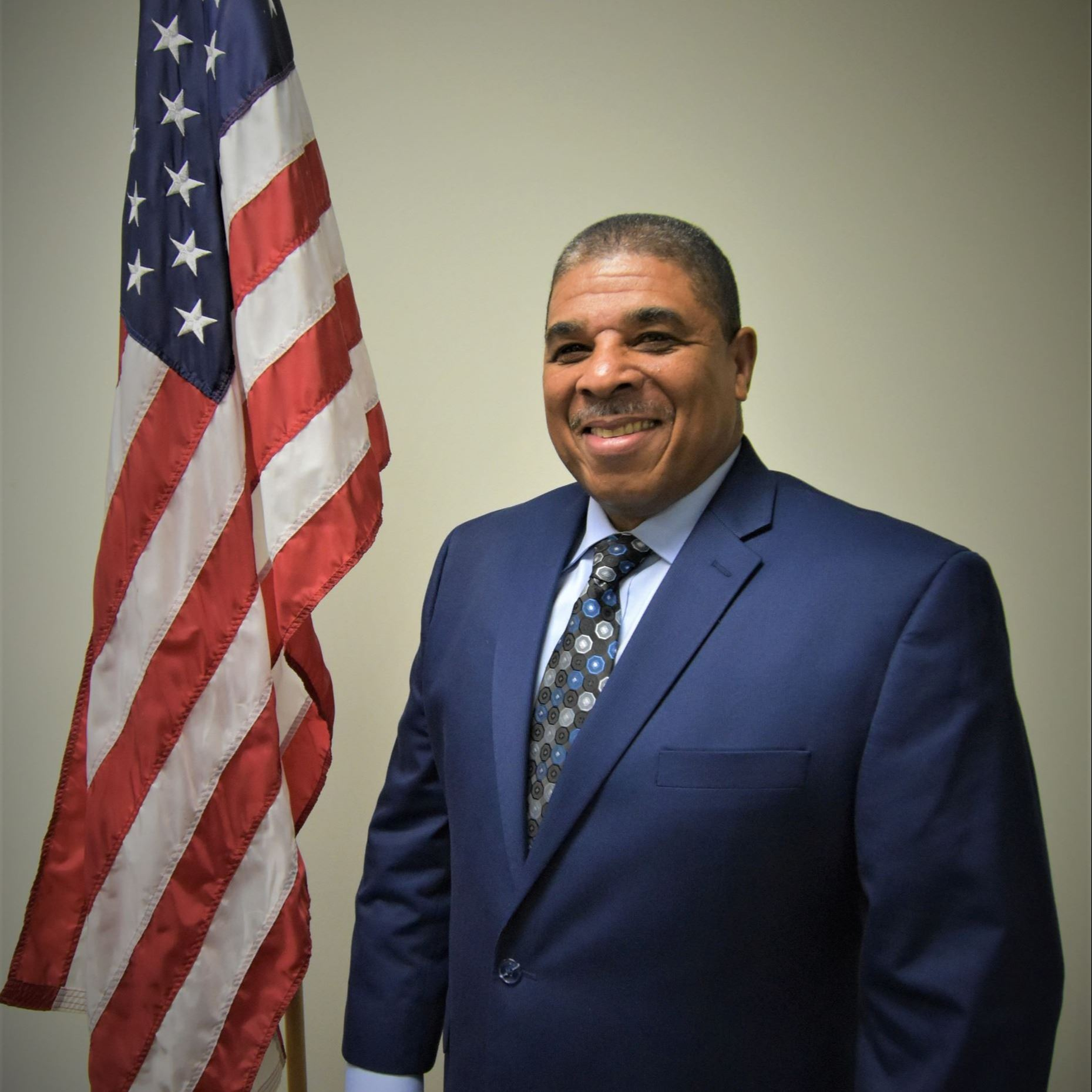 Photo of Commissioner Victor Hunt