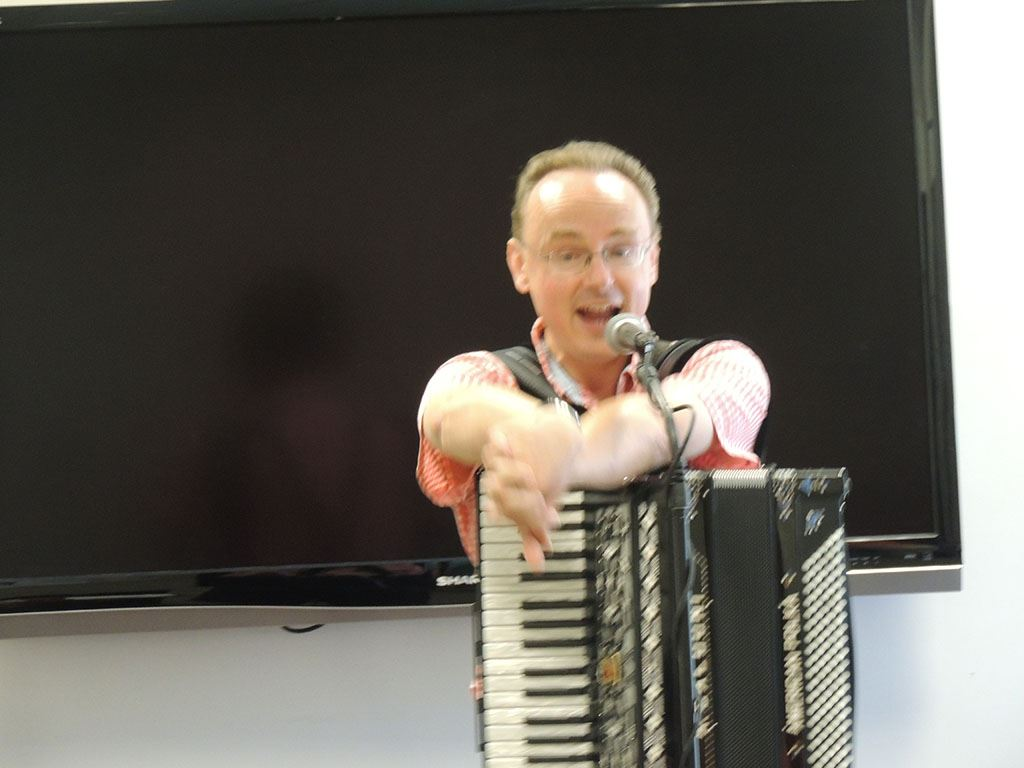 Polka man holding accordion 4
